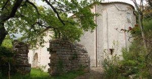 Assisi spello trekking del pellegrino